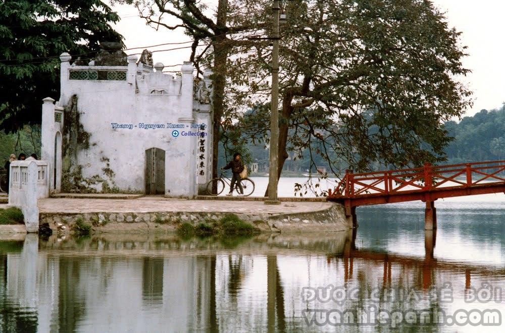 Tháp Nghiên - Hà Nội 1986/1990