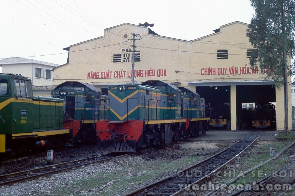 Ga depot Yên Bái, 2001.